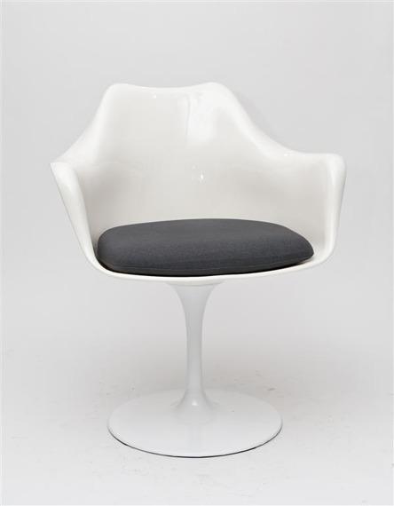 Krzesło TulAr biały/szara poduszka